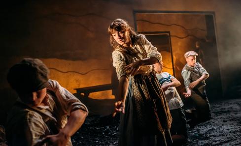 Theatre Gu Leor - Scotties - image by Mihaela Bodlovic
