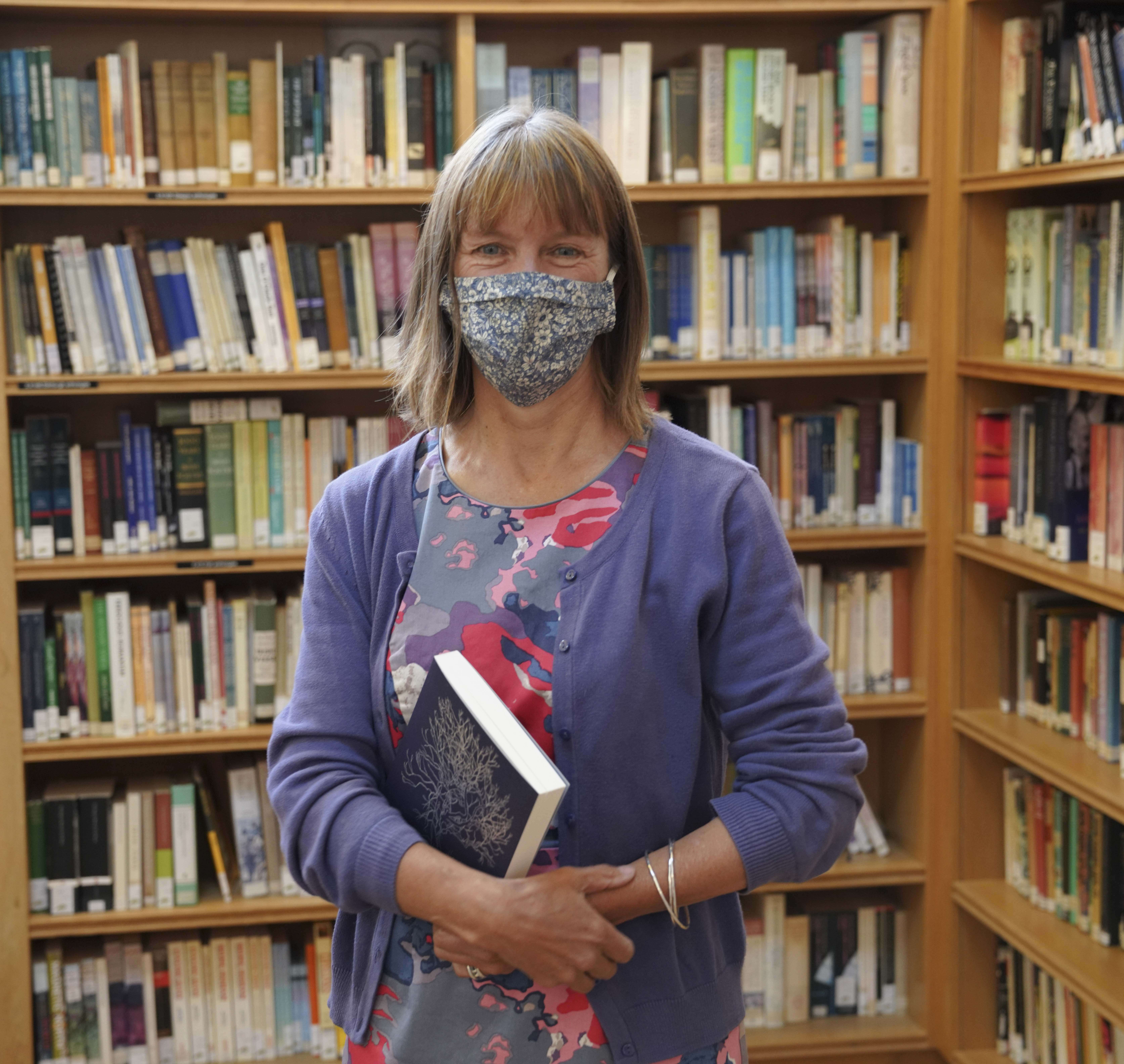 Makar Kathleen Jamie stands in the Scottish Poetry Library