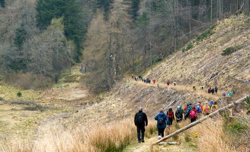 Derevon Projects - Slow Marathon 2018 - Huntly walkers